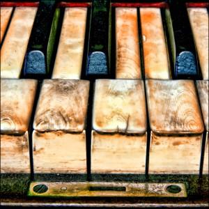 Old Piano - Stuart Williams